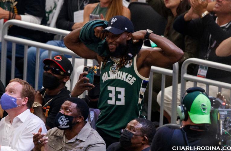Milwaukee Bucks ทำลายตำแหน่งแชมป์ 50 ปีได้สำเร็จแล้ว
